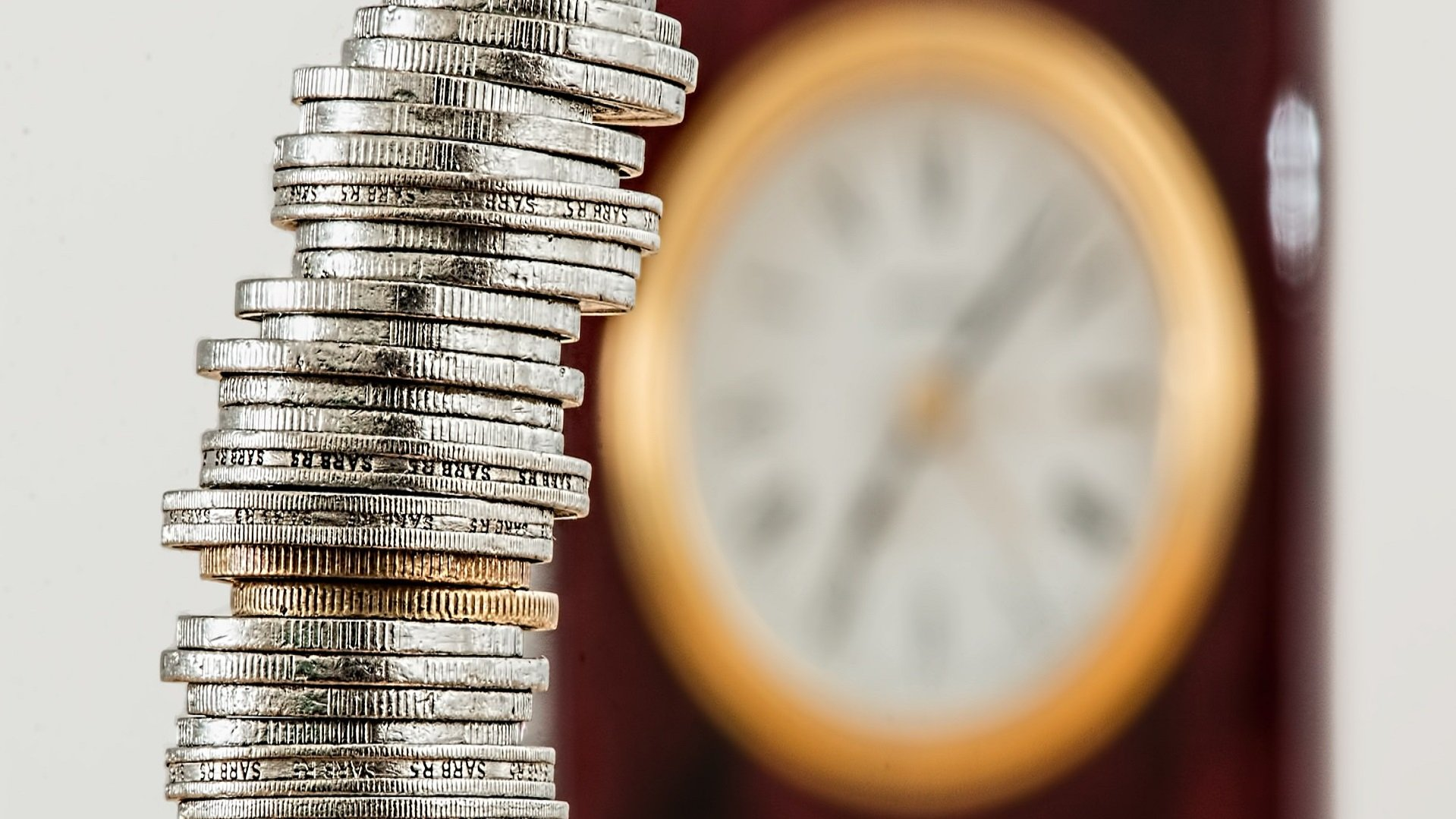 5 Reasons Why Outsourcing Disaster Recovery Can Save You Time And Money