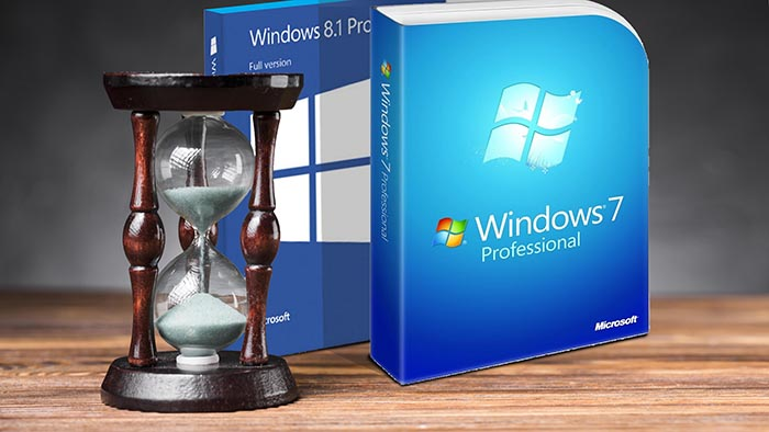 windows 7 and 8 boxes next to an hourglass